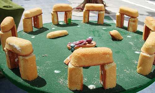 Twinkie-Henge-twinkies-239771_500_300