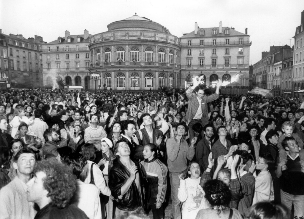 After François Mitterrand's 1981 victory, thousands descended on the Place de la Bastille.