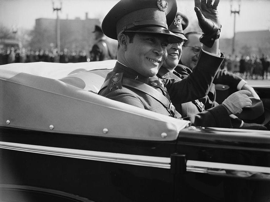 Cuban dictator Fulgencio Batista visits Washington DC in November 1938. Harris & Ewing / Libary of Congress