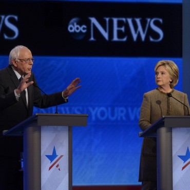 Bernie Sanders and Hilllary Clinton debate on December 19, 2015. Ida Mae Astute / ABC
