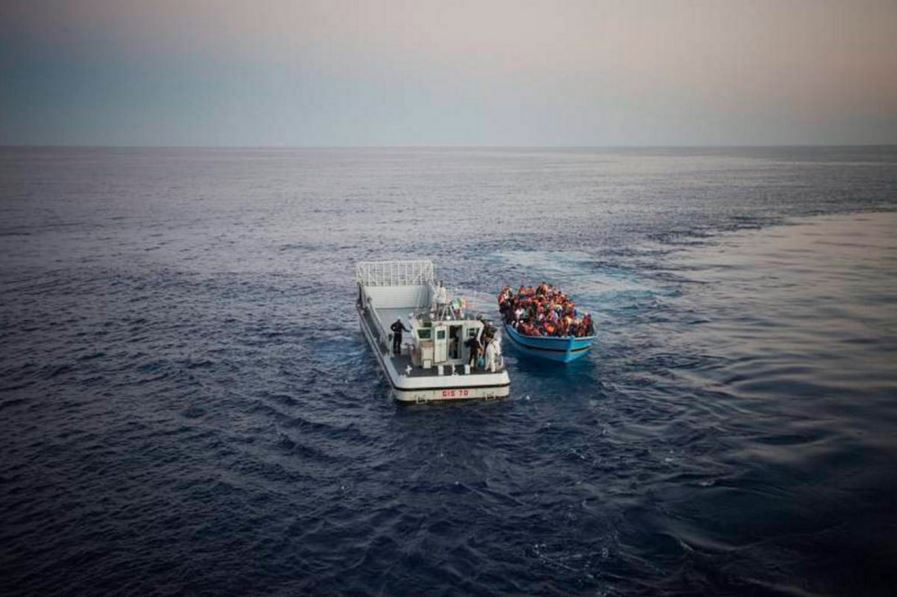 Refugees in the Mediterranean Sea in 2014. UNHCR / Flickr