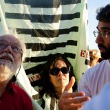 David Harvey (left) at a mobilization in Brazil in 2014. Direitos Urbanos