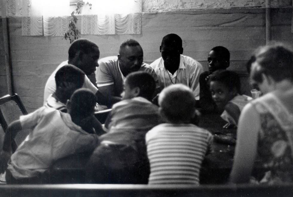 Students and tutors at the Freedom House school in Roxbury, MA in 1968. Freedom House Photographs / Flickr