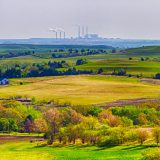 A coal-fired power plant in Flint Hills, KS. Patrick Emerson / Flickr