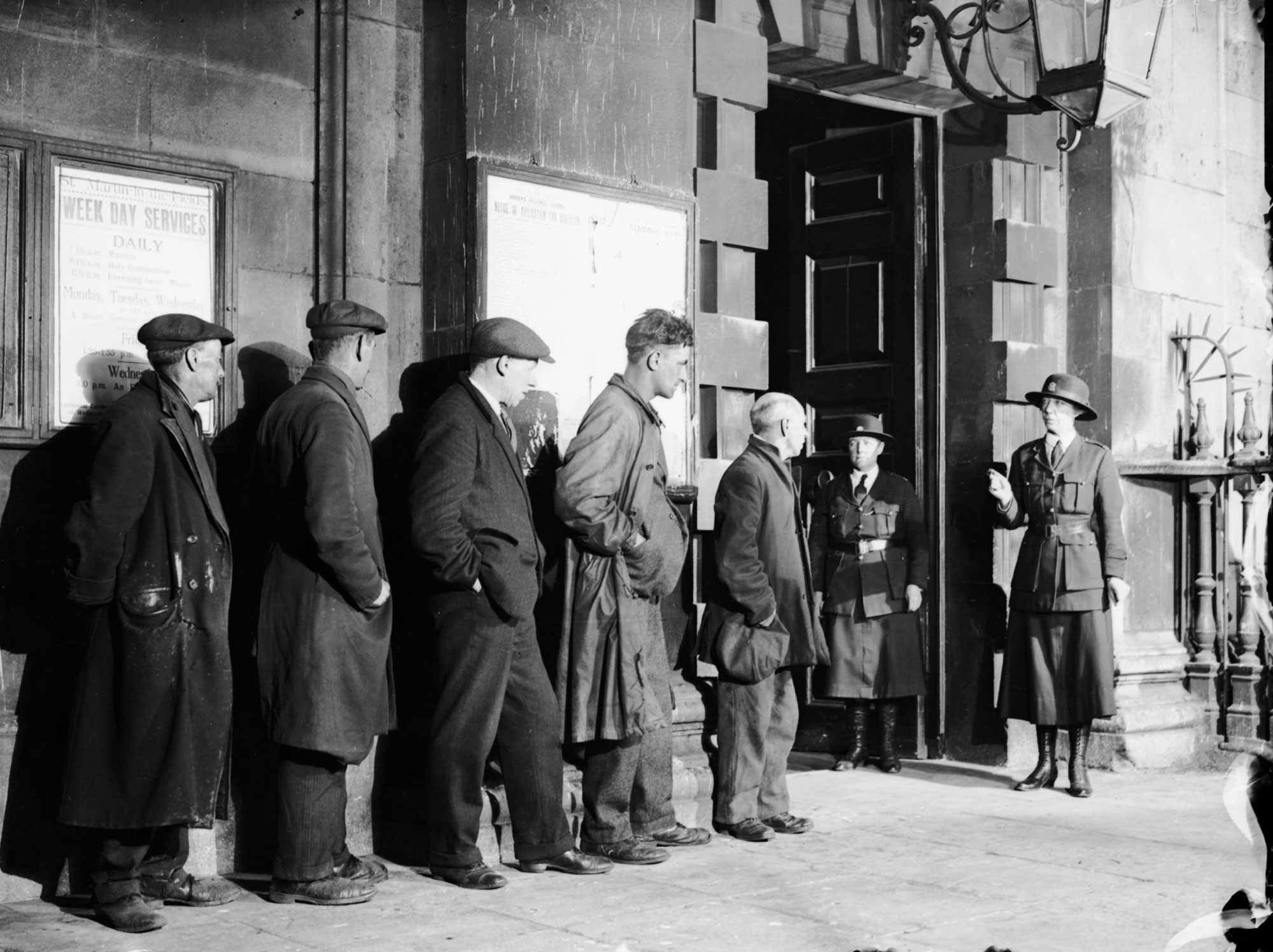 the great depression of the 1930s in Understanding the great depression has never been more relevant than in today's economic crisis this edited collection provides an authoritative introduction to the great depression as it affected the advanced countries in the 1930s.