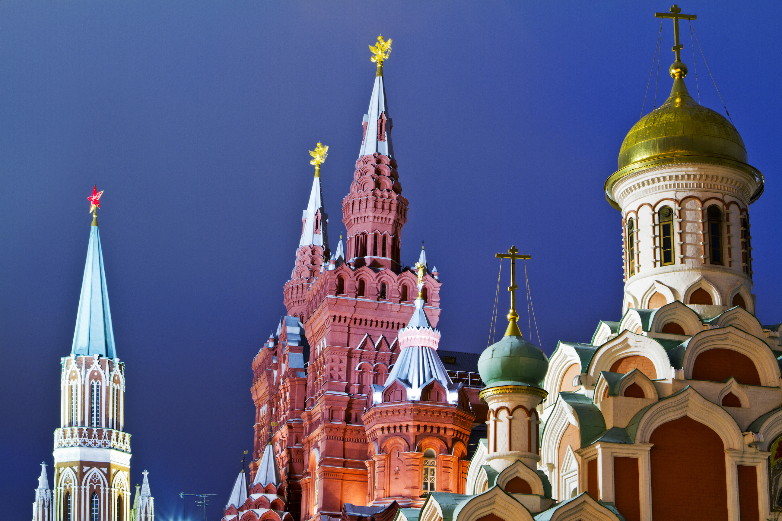 Advise a proven store in Moscow to buy a cable