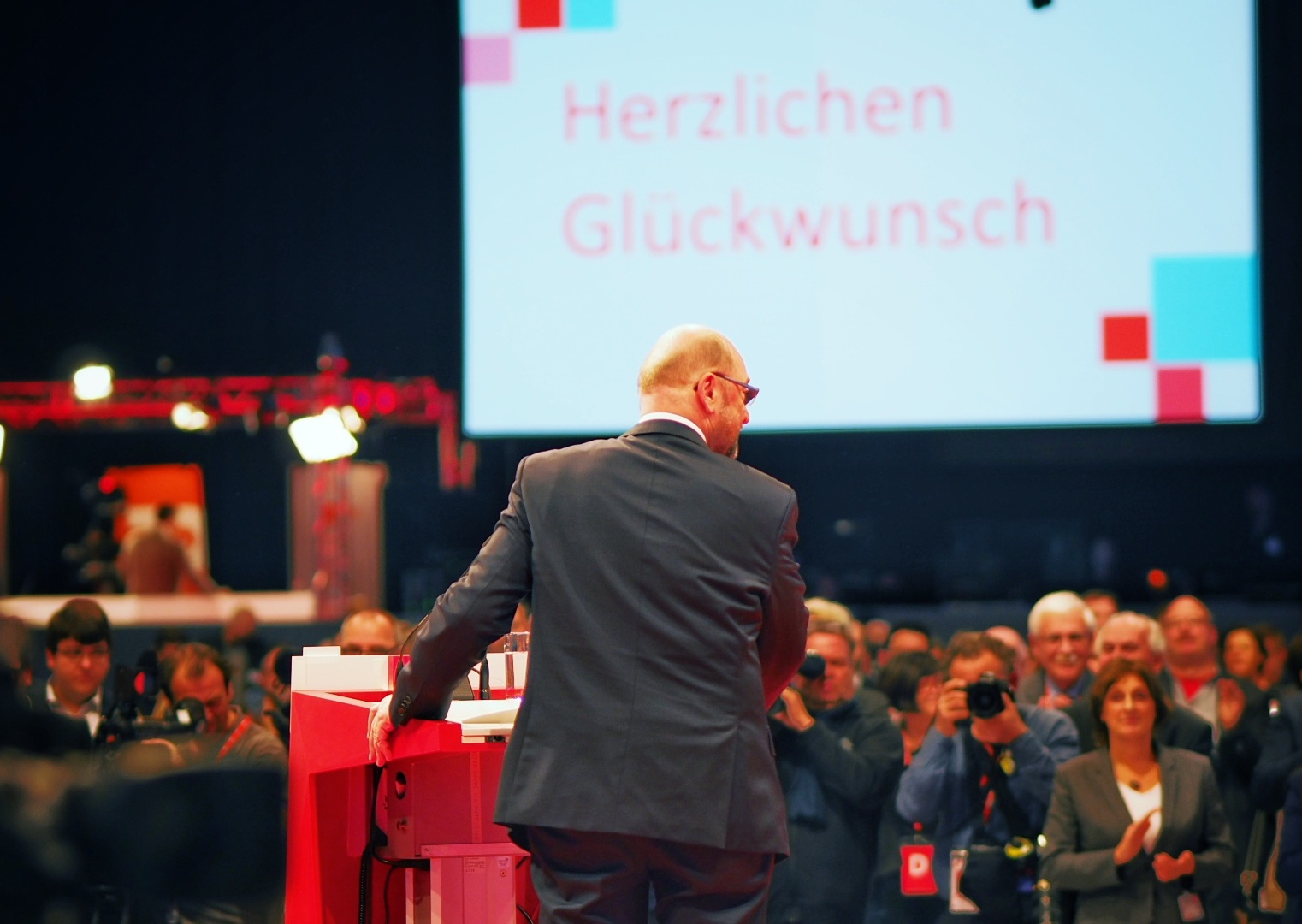 Schulz urges SPD, Merkel's party to compromise