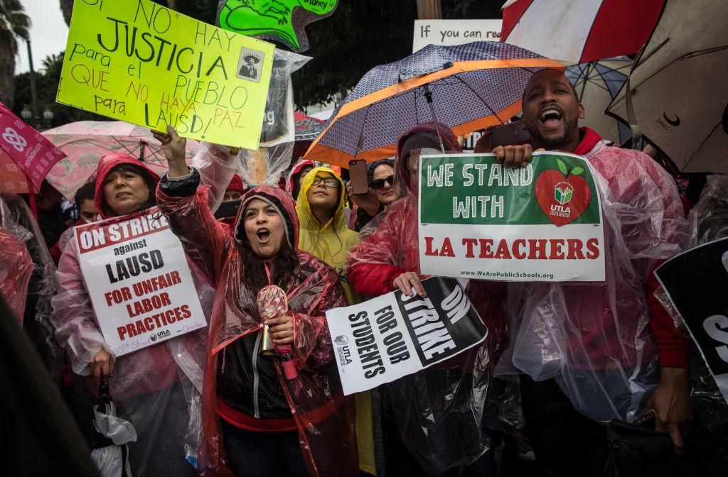 Teachers Union Adopts New Anti Charter >> Billionaires Vs La Schools