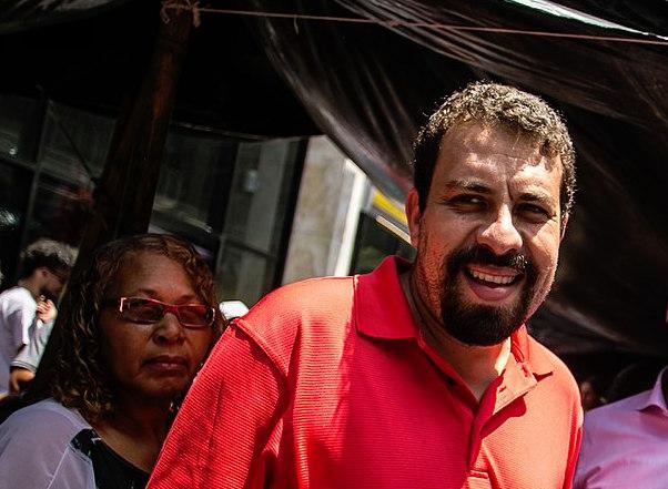 1280px Marcelo Freixo e Guilherme Boulos na Ocupa Paulista.