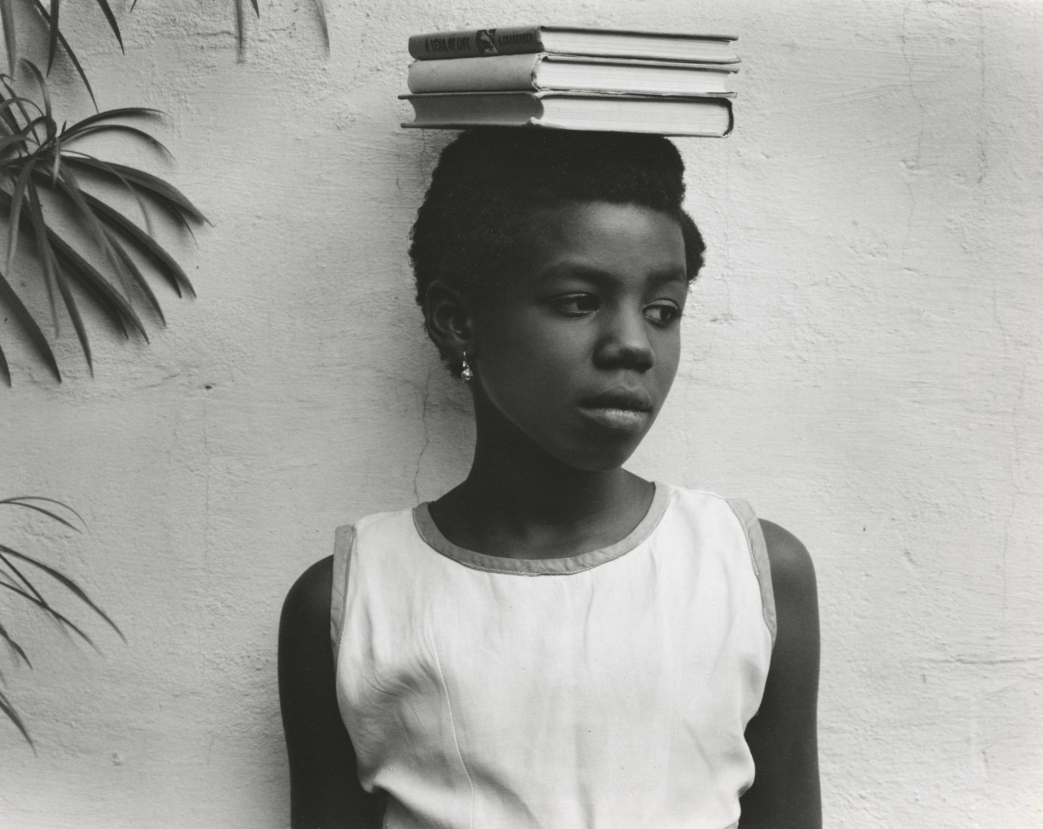 The photographer paul strands portraits of 1960s ghana
