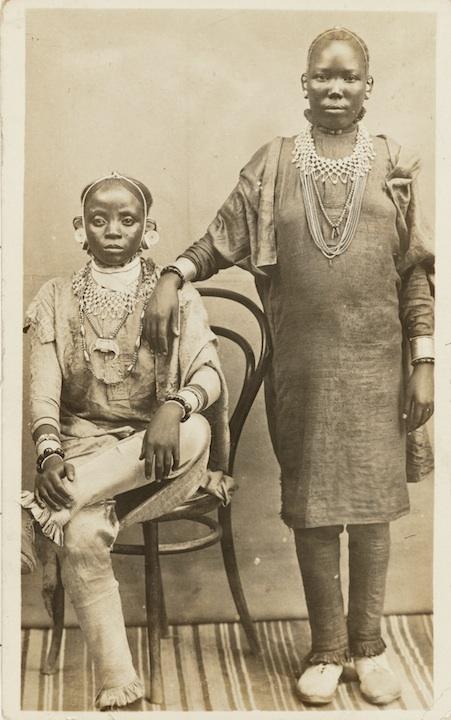 Postcard Zanzibar, c. 1890TZ 20-25. Photographer unknown. Courtesy the Eliot Elisofon Photographic ArchivesNational Museum of African Art, Smithsonian Institution.